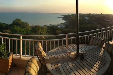 Amazing CBD location with uninterrupted sea views - Larrakeyah