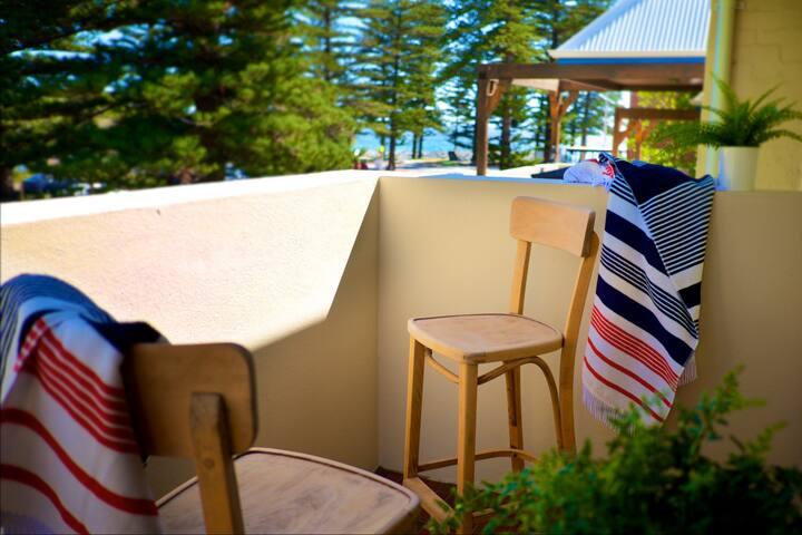 Cottesloe Artist's Beach Retreat EXECUTIVE ESCAPES