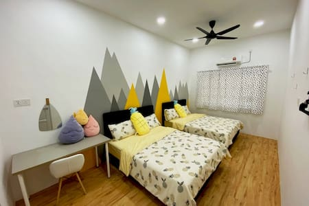 INS Homestay Kuantan (Full A/C & Newly Renovated)