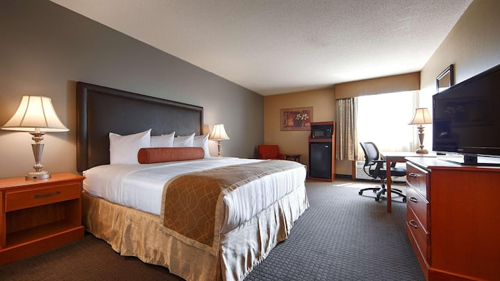 Fancy Room Double Bed Non Smoking At St. Charles