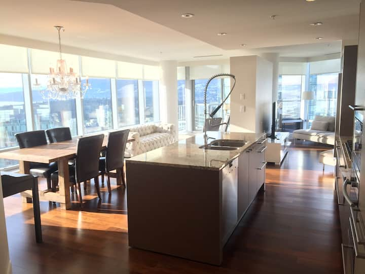 Large Suite with Sweeping Views of Vancouver