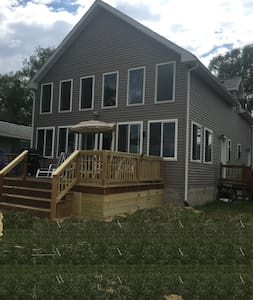 New Lakefront House On Wine Trail - Seneca Falls