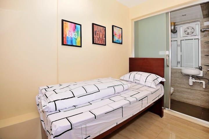 Modern single bed room in TST prime area.