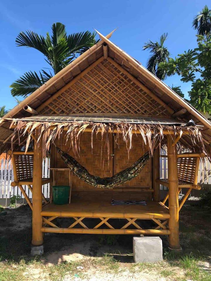 Bamboo hut & kitchen (#R.17)