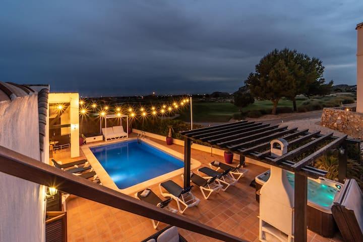 Casa Goode, Luxury Villa El Valle Golf Resort