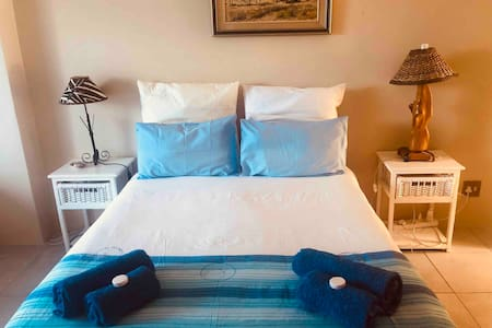 Sundowner Guest House: Double room-all inclusive