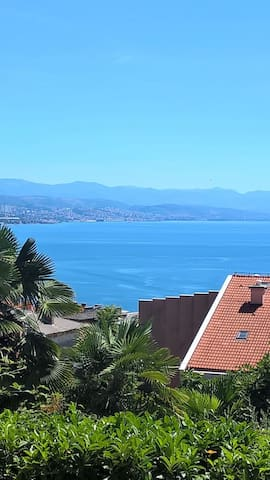Opatija sea view apartment with a private parking - Opatija