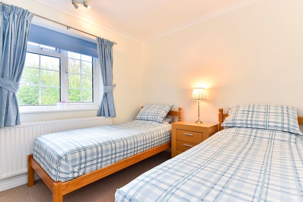Double bedroom with two very comfortable single beds.