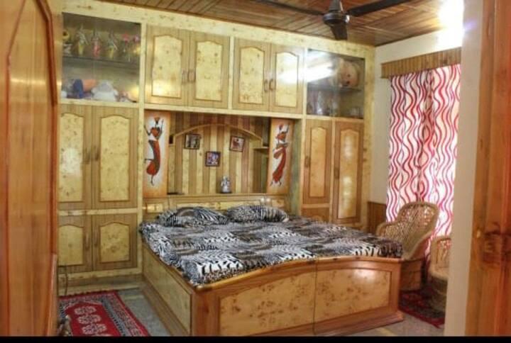 Woodstock villa, Homestay