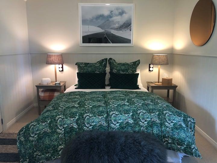 Bald Hill Room at Speargrass Inn