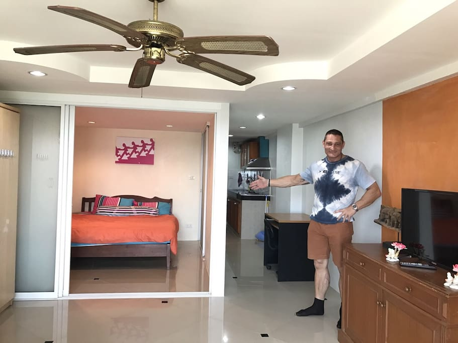 Very nice 1 bedroom with kitchen central pattaya for Kitchen 919 reviews