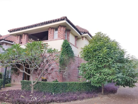 Amej....Beautiful two storied independent Bungalow