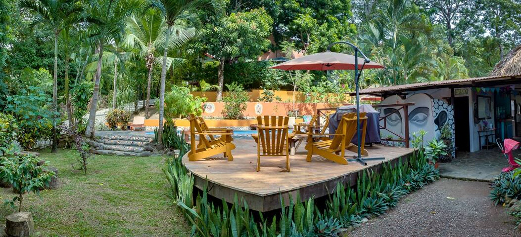 Private Room - Jungle & Beach