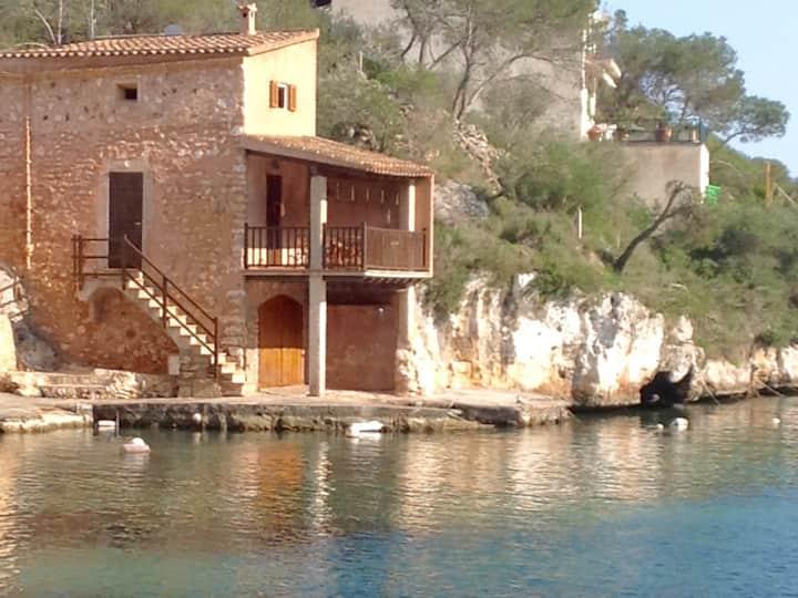 Magnificent fisherman's cottage