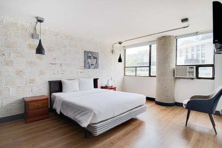 Selina Medellin - One Bedroom Apartment