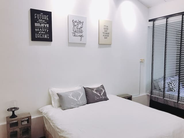 Master bedroom - one kind size bed and two queen size beds