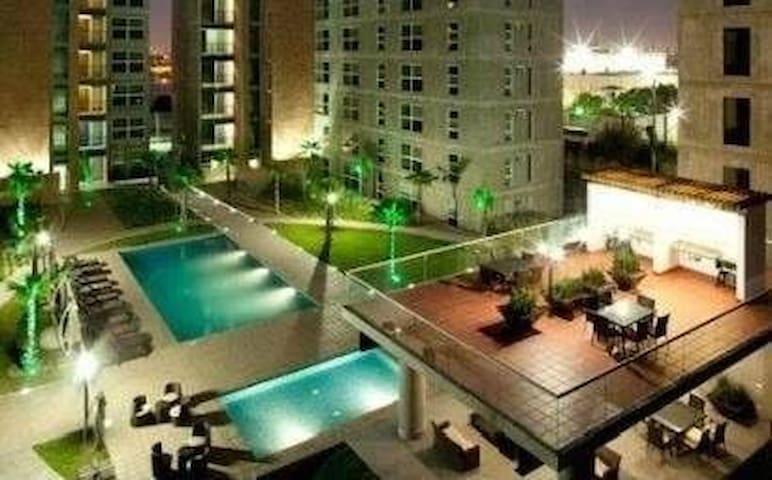 Departamento Torres Uhdei Ultimo piso amueblado - Monterrey - Apartment