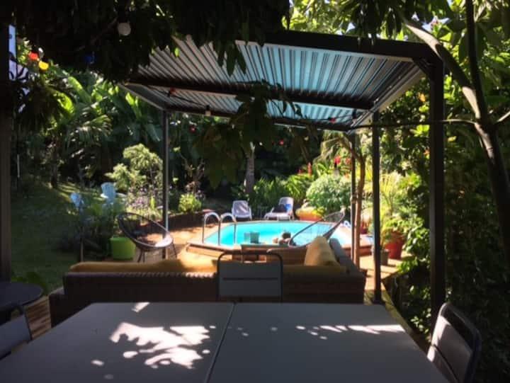 Fleur bleue, villa  avec piscine chauffée 8-9pers