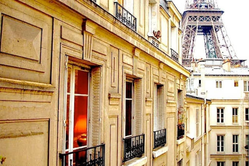 Your apartment just one block from the Eiffel Tower