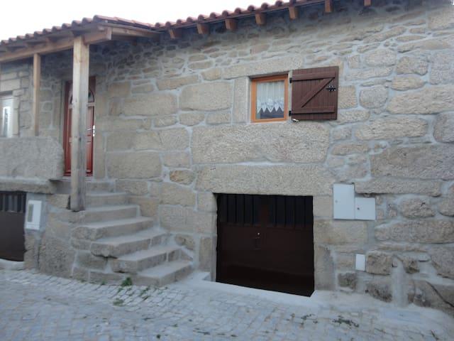 casa antiga - Pópulo - Casa