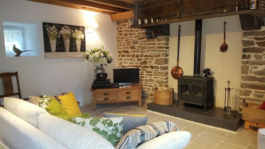 Le Cerisier, Holiday Cottage