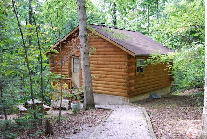 Hide & Seek Luxury Log Cabin, a gem in the woods