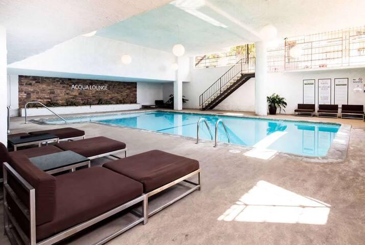 Ideal, Modern Apartment in Koreatown LA