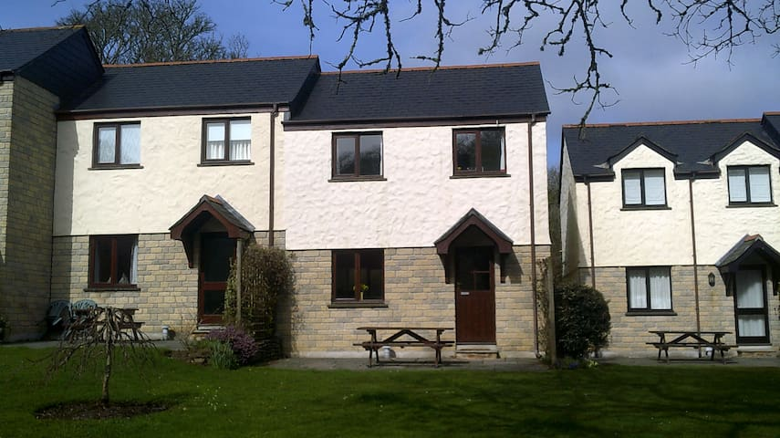 A great family home away from home - Cornwall - Casa