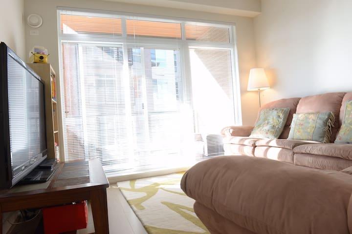 Elegant 2 Bedroom Apartment in Wesbrook UBC