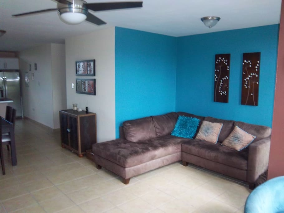 """Comfortable living room area with 42"""" tv with cable"""