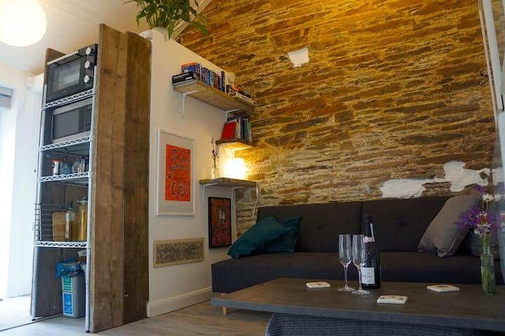 Bijou Guest house, newly renovated, Kingsbridge