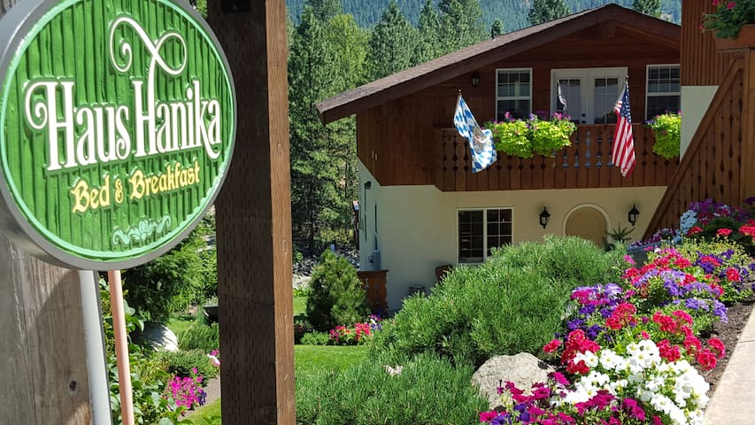The Alpine Suite at Haus Hanika B&B on the River