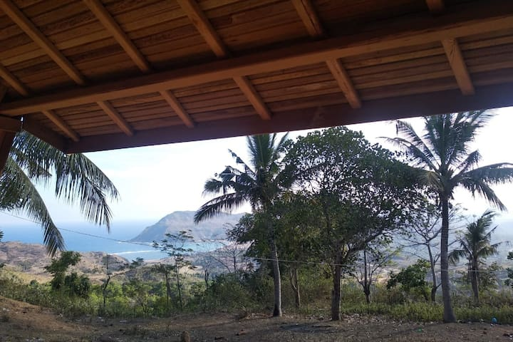 Lovely Lumbung Bungalow View Kuta and Air Guling
