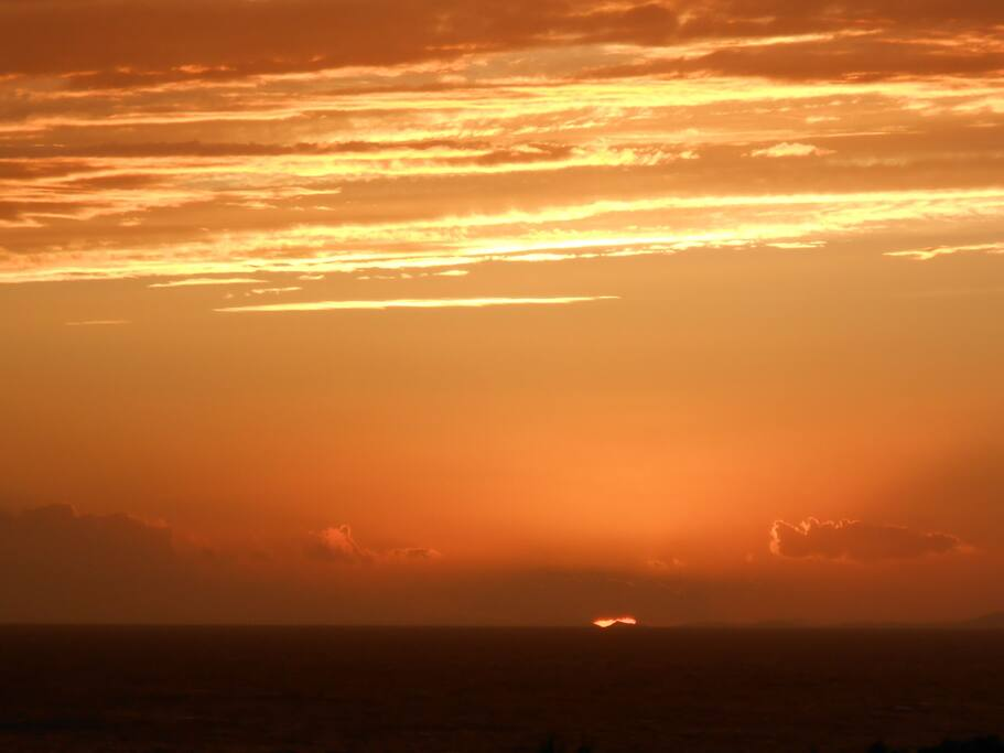 το μαγευτικό ηλιοβασίλεμα