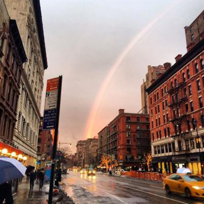 A great, small Manhattan neighborhood with great restaurants, coffee shops and a beautiful Wholefoods Market down the street.