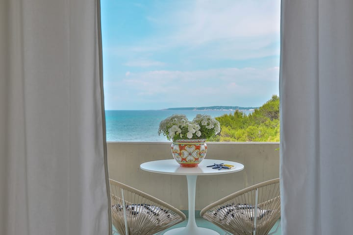★Alchimia★Beachside Suite Stunning Seaviews Puglia