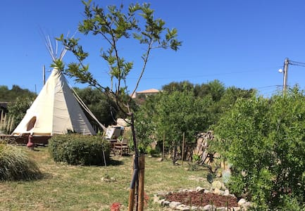Luxe lounge Tipi B&B - Fitou - Bed & Breakfast
