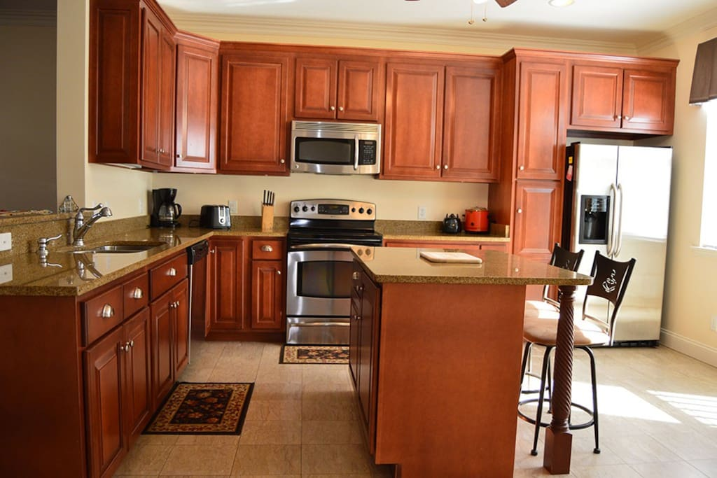 The Alexander Mini Mansion Townhome 202B - Kitchen