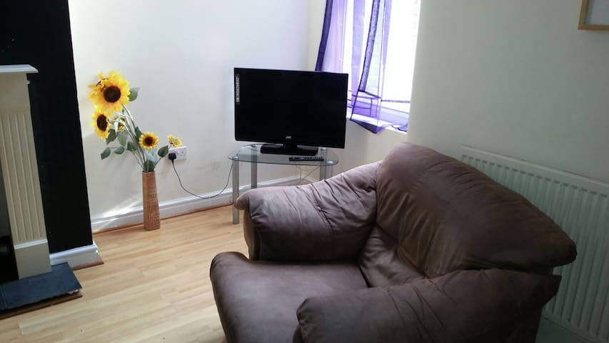 Super Cozy Room for Students/Tourists - Crewe - Apartamento