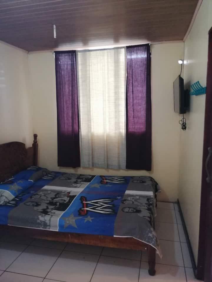 Habitacion Economica de dos Personas en Puntarenas