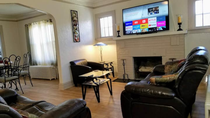 2 BR Apt near Great Lakes Naval Base & 6 Flags