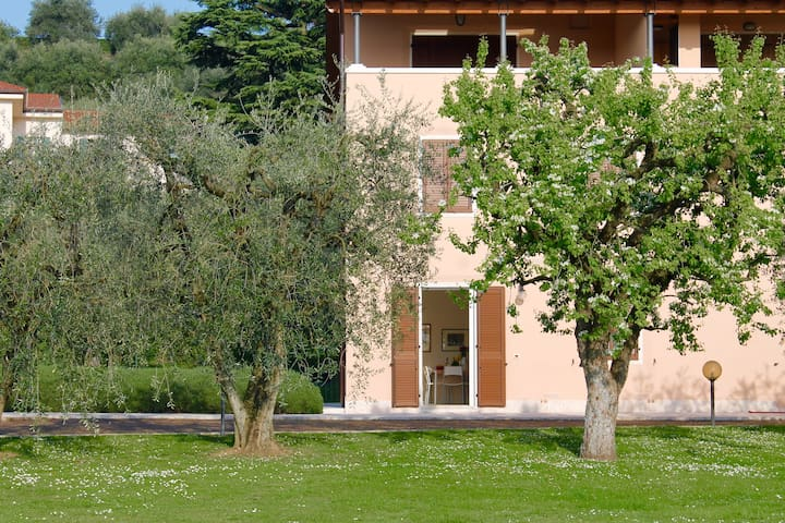Rilassante casa con piscina - Calmasino - Leilighet