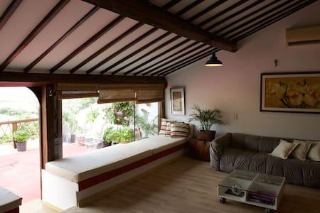 Irradiante - Apartamento Com Terraço - Olinda - Bed & Breakfast