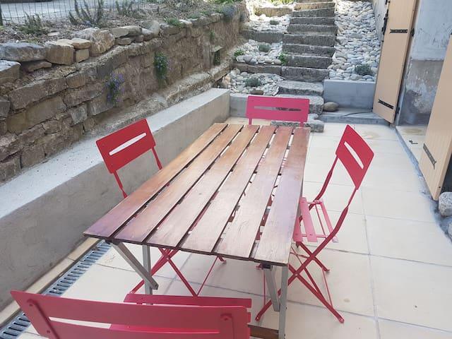 Castellane avec terrasse
