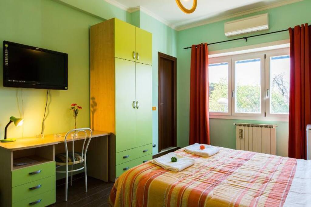 Stanza con bagno privato e servizi appartamenti in - Stanza bagno privato roma ...