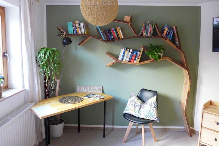 """Grünes """"Baum""""Zimmer mit Garten im schönen Allgäu🌳"""