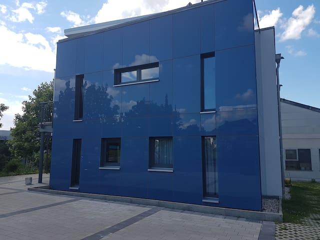 Dreistöckige moderne Villa Nähe Kassel