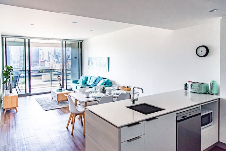 ★Elegant Water Front 2 Bed Apt★@ South Bank
