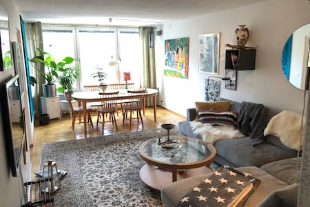 Room, very central located. access  to balcony