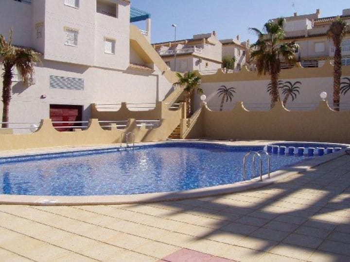 Gorgeous Apartment w/terraces& garden, beach, golf